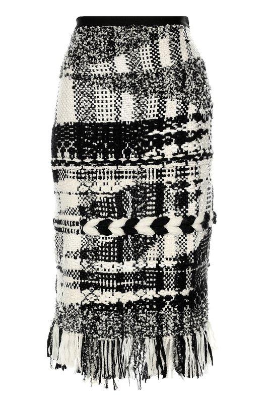 Буклированная юбка-карандаш с бахромой Oscar de la RentaЮбки<br>Питер Коппинг выбрал для создания юбки-карандаш фактурный буклированный твид с мотивом Navaho. Модель с узким поясом и длинной бахромой на подоле вошла в осенне-зимнюю коллекцию бренда, основанного Оскаром де ла Рентой. Нам нравится сочетать с черными туфлями и белой блузой.<br><br>Российский размер RU: 44<br>Пол: Женский<br>Возраст: Взрослый<br>Размер производителя vendor: M<br>Материал: Шелк: 9%; Шерсть овечья: 79%; Нейлон: 12%;<br>Цвет: Черно-белый