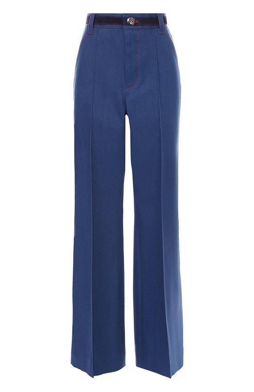 Широкие джинсы с завышенной талией и контрастной прострочкой Marc JacobsДжинсы<br>Марк Джейкобс включил в коллекцию сезона осень-зима 2016 года расклешенные джинсы цвета индиго. Модель из эластичного хлопка прошита красной нитью. Пояс со шлевками дополнен темно-синей вставкой, имитирующей ремень. Предлагаем носить с алой блузой и черными туфлями.<br><br>Российский размер RU: 42<br>Пол: Женский<br>Возраст: Взрослый<br>Размер производителя vendor: 4<br>Материал: Хлопок: 98%; Полиуретан: 2%;<br>Цвет: Синий
