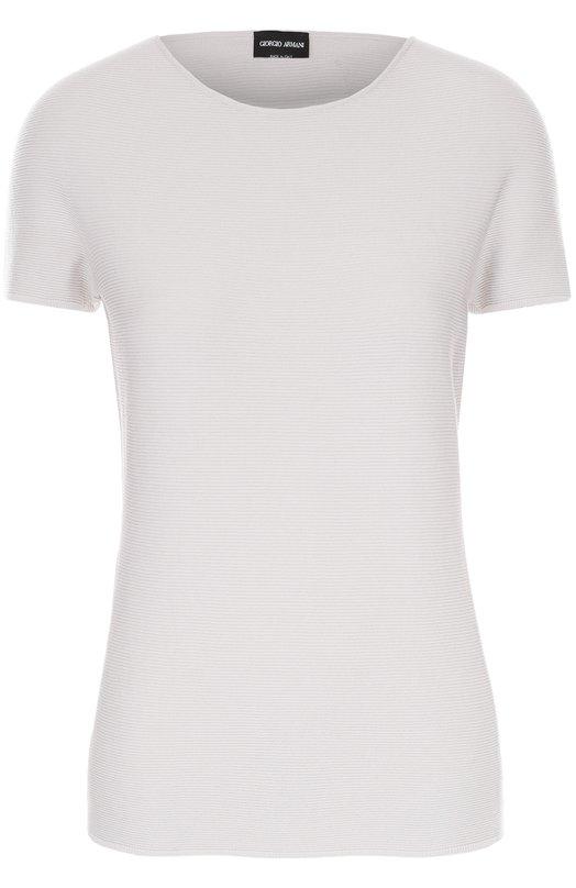 Облегающая футболка с круглым вырезом Giorgio ArmaniФутболки<br>Джорджио Армани включил облегающую футболку с короткими рукавами и круглым вырезом в осенне-зимнюю коллекцию 2016 года. Для создания модели использован мягкий бежевый трикотаж в тонкую фактурную полоску. Рекомендуем сочетать с черными мини-юбкой и ботильонами, а также коричневой сумкой.<br><br>Российский размер RU: 48<br>Пол: Женский<br>Возраст: Взрослый<br>Размер производителя vendor: 46<br>Материал: Вискоза: 67%; Полиэстер: 33%;<br>Цвет: Бежевый