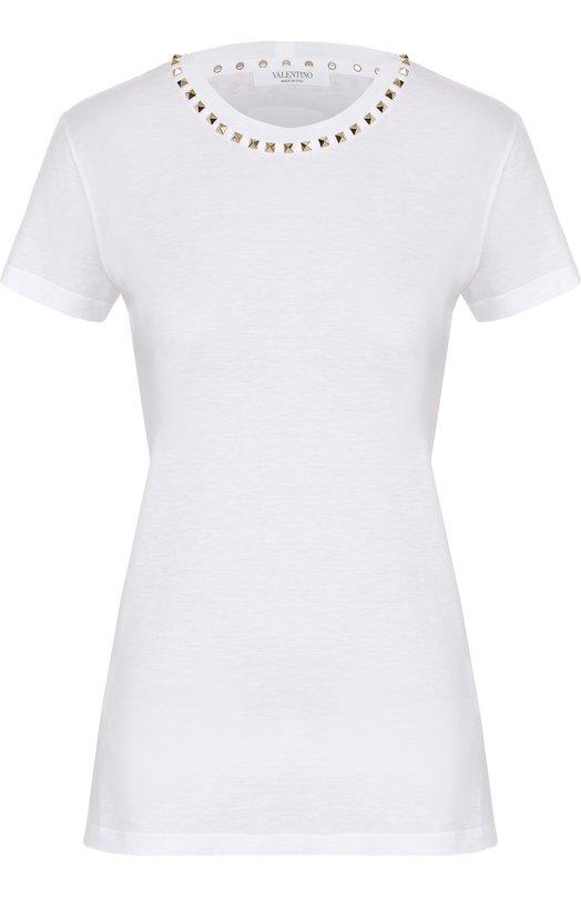 Хлопковая футболка прямого кроя с заклепками ValentinoФутболки<br><br><br>Российский размер RU: 42<br>Пол: Женский<br>Возраст: Взрослый<br>Размер производителя vendor: S<br>Материал: Хлопок: 100%;<br>Цвет: Белый
