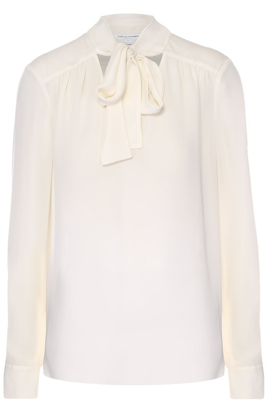 Шелковая блуза прямого кроя с воротником аскот Diane Von FurstenbergБлузы<br>Кремовая блуза с воротником аскот вошла в осенне-зимнюю коллекцию марки, основанной Дианой фон Фюстенберг. Модель прямого кроя, с длинными рукавами сшита из мягкого шелкового крепа. Рекомендуем носить с темно-синим сарафаном и черными туфлями.<br><br>Российский размер RU: 48<br>Пол: Женский<br>Возраст: Взрослый<br>Размер производителя vendor: 10<br>Материал: Шелк: 100%;<br>Цвет: Кремовый