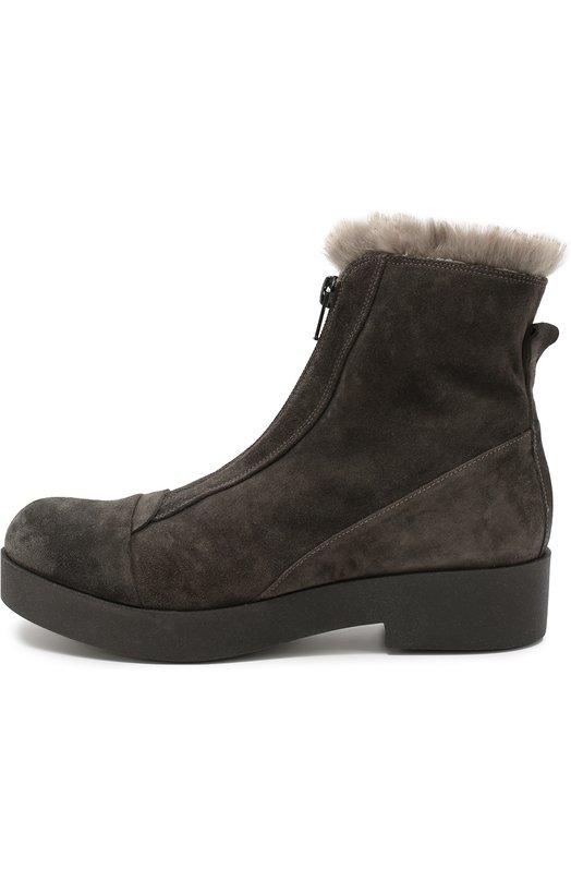 Замшевые ботинки с внутренней отделкой из меха BaldanБотинки<br>Высокие ботинки с круглым мысом, на небольшом квадратном каблуке вошли в осенне-зимнюю коллекцию марки, основанной семьей Балдан. Для изготовления модели, отделанной мехом кролика, использована прочная бархатистая замша серого цвета. Изделие застегивается спереди на молнию.<br><br>Российский размер RU: 38<br>Пол: Женский<br>Возраст: Взрослый<br>Размер производителя vendor: 38<br>Материал: Стелька-кожа: 100%; Подошва-резина: 100%; Замша натуральная: 100%; Отделка мех./кролик/: 100%;<br>Цвет: Серый