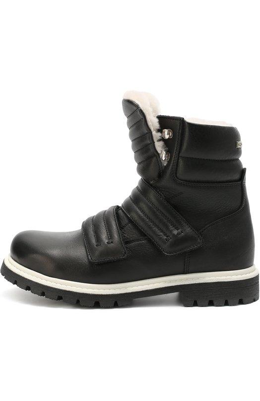 Высокие кожаные ботинки с внутренней отделкой из натуральной овчины Dsquared2Ботинки<br>Ботинки со стеганым язычком вошли в коллекцию сезона осень-зима 2016 года. Модель, утепленная овчиной, произведена из мягкой матовой кожи черного цвета. Обувь фиксируется на ноге при помощи двух ремешков с застежкой велькро. Широкая подошва с протектором дополнена белым рантом.<br><br>Российский размер RU: 36<br>Пол: Мужской<br>Возраст: Детский<br>Размер производителя vendor: 36<br>Материал: Кожа натуральная: 100%; Подошва-резина: 100%; Стелька-овчина: 100%;<br>Цвет: Черный