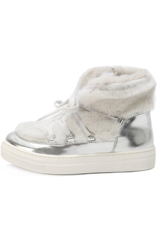 Высокие кожаные кеды с внутренней отделкой из натурального меха SimonettaСпортивная обувь<br>Серебристые высокие кеды из гладкой мягкой кожи отделаны внутри и снаружи светлой овчиной. Модель с широкой белой подошвой вошла в коллекцию сезона осень-зима 2016 года. Обувь застегивается на боковую молнию.<br><br>Российский размер RU: 33<br>Пол: Женский<br>Возраст: Детский<br>Размер производителя vendor: 33<br>Материал: Кожа натуральная: 100%; Подошва-резина: 100%; Стелька-овчина: 100%;<br>Цвет: Серебряный