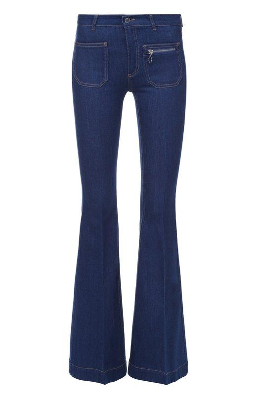 Расклешенные джинсы с контрастной прострочкой Stella McCartneyДжинсы<br>Стелла Маккартни включила синие расклешенные джинсы с завышенной линией талии в осенне-зимнюю коллекцию 2016 года. Для создания модели использован мягкий органический хлопок с добавлением эластановой нити. Один из пяти карманов застегивается на молнию.<br><br>Российский размер RU: 46<br>Пол: Женский<br>Возраст: Взрослый<br>Размер производителя vendor: 29<br>Материал: Хлопок: 92%; Эластомультиэстер: 6%; Эластан: 2%;<br>Цвет: Синий