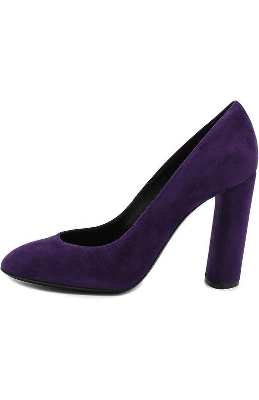 Замшевые туфли на устойчивом каблуке CasadeiТуфли<br>Для производства фиолетовых туфель мастера бренда, основанного Флорой и Квинто Касадей, использовали мягкую бархатистую замшу. Модель на высоком устойчивом каблуке, обтянутом таким же материалом, вошла с коллекцию сезона осень-зима 2016 года.<br><br>Российский размер RU: 38<br>Пол: Женский<br>Возраст: Взрослый<br>Размер производителя vendor: 38-5<br>Материал: Стелька-кожа: 100%; Подошва-кожа: 100%; Замша натуральная: 100%;<br>Цвет: Фиолетовый