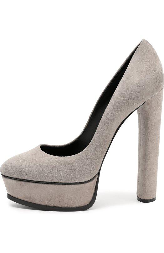 Замшевые туфли на устойчивом каблуке и платформе CasadeiТуфли<br>Чезаре Касадей включил в осенне-зимнюю коллекцию 2016 года серые туфли с зауженным мысом. Для создания обуви использована бархатистая замша серого цвета. Модель на высоком устойчивом каблуке дополнена широкой платформой.<br><br>Российский размер RU: 39<br>Пол: Женский<br>Возраст: Взрослый<br>Размер производителя vendor: 39-5<br>Материал: Стелька-кожа: 100%; Подошва-кожа: 100%; Замша натуральная: 100%;<br>Цвет: Серый