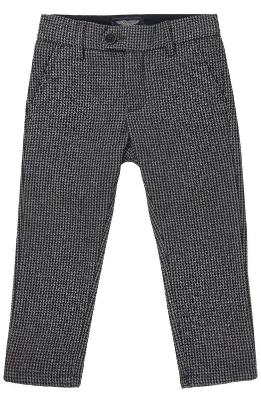 Шерстяные брюки с узором Aston MartinБрюки<br>Серые брюки с узором Houndstooth вошли в осенне-зимнюю коллекцию 2016 года. Модель с двумя передними и двумя задними прорезными карманами выполнена из мягкой плотной шерсти. Изделие застегивается на потайную молнию и пуговицу.<br><br>Размер Years: 7<br>Пол: Мужской<br>Возраст: Детский<br>Размер производителя vendor: 122-128cm<br>Материал: Шерсть: 100%;<br>Цвет: Серый
