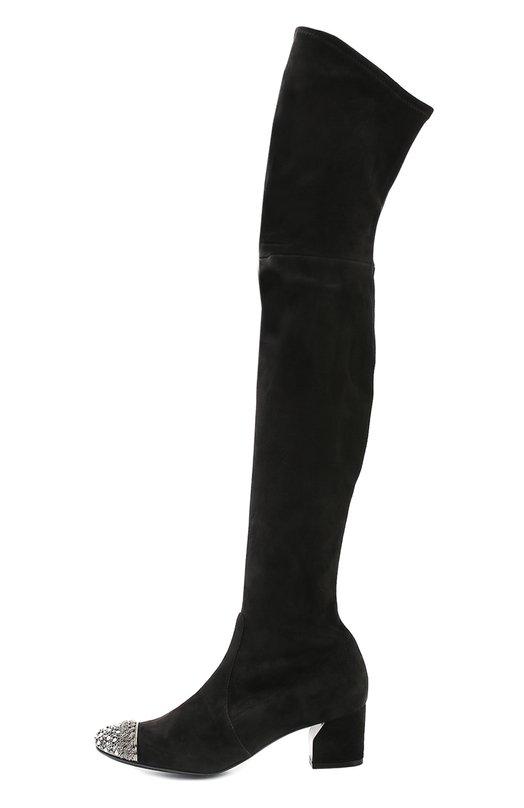 Замшевые ботфорты с декорированным мысом CasadeiСапоги<br>Для производства ботфортов мастера бренда использовали мягкую бархатистую замшу. Сапоги на невысоком каблуке вошли в осенне-зимнюю коллекцию 2016 года. Мыс украшен кристаллами, бусинами и крупной цепочкой. Этот элемент стал знаковым декором для обуви марки, основанной супругами Касадей.<br><br>Российский размер RU: 37<br>Пол: Женский<br>Возраст: Взрослый<br>Размер производителя vendor: 37<br>Материал: Стелька-кожа: 100%; Подошва-кожа: 100%; Замша натуральная: 100%;<br>Цвет: Черный