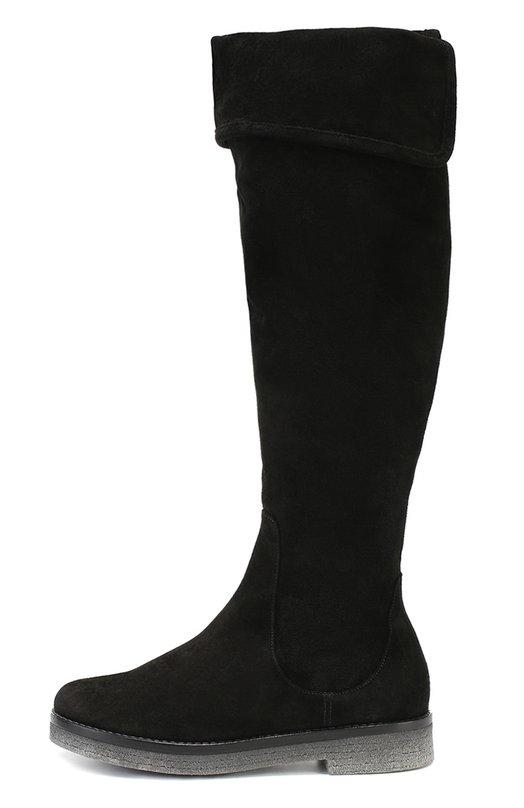 Замшевые ботфорты с отворотами BaldanСапоги<br>Для производства черных сапог с отворотами дизайнеры бренда, основанного семьей Балдан, выбрали мягкую прочную замшу. Ботфорты на наборной подошве с невысоким устойчивым каблуком вошли в коллекцию сезона осень-зима 2016 года. Обувь застегивается на молнию с внутренней стороны.<br><br>Российский размер RU: 40<br>Пол: Женский<br>Возраст: Взрослый<br>Размер производителя vendor: 40<br>Материал: Стелька-кожа: 100%; Подошва-резина: 100%; Замша натуральная: 100%;<br>Цвет: Черный