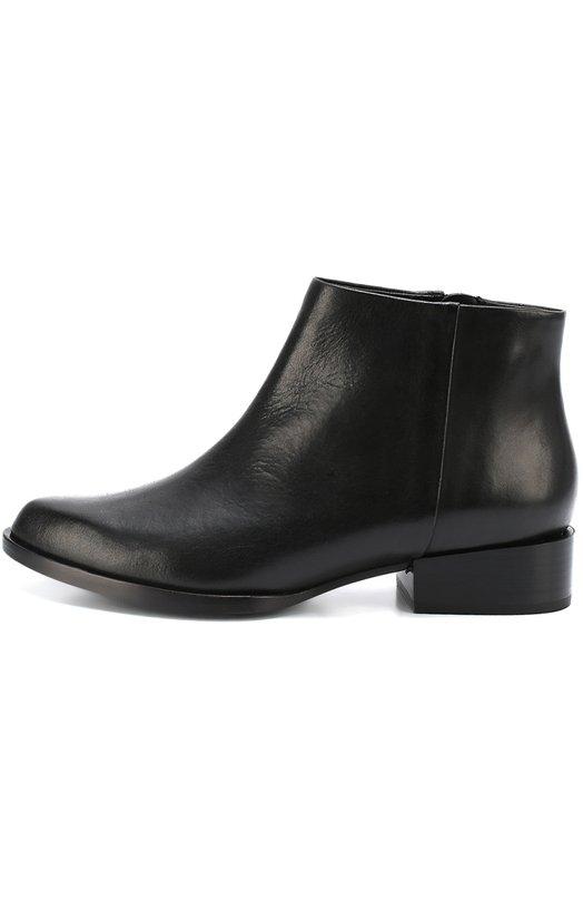Кожаные ботинки с зауженным мысом DKNYБотинки<br>Мастера марки сшили полусапоги из гладкой черной кожи с легким матовым блеском. Обувь из коллекции сезона осень-зима 2016 года застегивается на боковую молнию. Модель с зауженным мысом дополнена невысоким устойчивым каблуком квадратной формы.<br><br>Российский размер RU: 38<br>Пол: Женский<br>Возраст: Взрослый<br>Размер производителя vendor: 8<br>Материал: Кожа натуральная: 100%; Стелька-кожа: 100%; Подошва-кожа: 100%;<br>Цвет: Черный