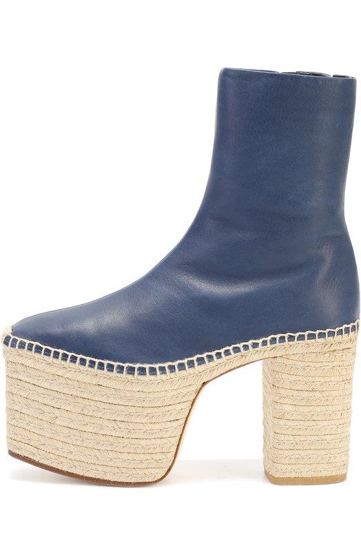 Кожаные ботильоны на джутовом каблуке и платформе BalenciagaБотильоны<br>Полусапоги из осенне-зимней коллекции марки, основанной Кристобалем Баленсиагой, застегиваются на молнию сбоку. Модель с облегающим голенищем сшита из гладкой матовой кожи синего цвета. Обувь с квадратным мысом дополнена платформой и высоким устойчивым каблуком, обтянутыми джутом.<br><br>Российский размер RU: 40<br>Пол: Женский<br>Возраст: Взрослый<br>Размер производителя vendor: 40<br>Материал: Кожа натуральная: 100%; Стелька-кожа: 100%; Подошва-кожа: 100%;<br>Цвет: Синий