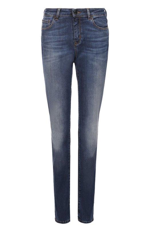 Джинсы прямого кроя с контрастной прострочкой HUGOДжинсы<br>Прямые джинсы из синего потертого хлопка вошли в осенне-зимнюю коллекцию марки, основанной Хуго Фердинандом Босом. Благодаря эластичным волокнам в составе ткани изделие может растягиваться до полутора раз от первоначальных размеров, при этом не теряя своей формы.<br><br>Российский размер RU: 44<br>Пол: Женский<br>Возраст: Взрослый<br>Размер производителя vendor: 28<br>Материал: Хлопок: 91%; 7% Эластомультиэстер; 2% Эластан;<br>Цвет: Синий