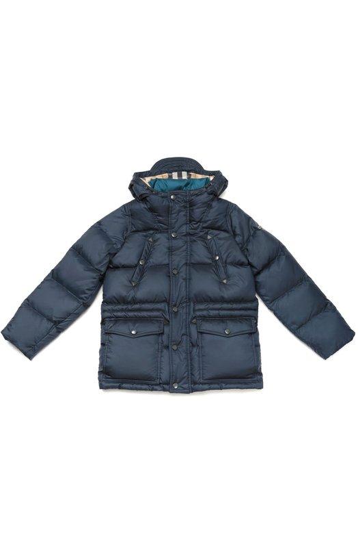 Стеганый пуховик с капюшоном BurberryВерхняя одежда<br><br><br>Размер Years: 5<br>Пол: Мужской<br>Возраст: Детский<br>Размер производителя vendor: 110-116cm<br>Материал: Пух: 80%; Перо: 20%; Полиэстер: 100%; Подкладка-полиэстер: 100%;<br>Цвет: Темно-синий