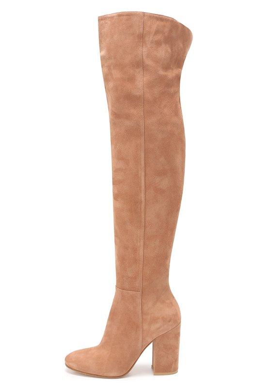 Замшевые ботфорты на устойчивом каблуке Gianvito RossiСапоги<br>Бежевые ботфорты сшиты из непромокаемой замши ручной выделки. Джанвито Росси включил модель на высоком устойчивом каблуке, с разрезом под коленом в коллекцию сезона осень-зима 2016 года. Модель с зауженным мысом застегивается на короткую молнию сбоку.<br><br>Российский размер RU: 40<br>Пол: Женский<br>Возраст: Взрослый<br>Размер производителя vendor: 40-5<br>Материал: Стелька-кожа: 100%; Подошва-кожа: 100%; Замша натуральная: 100%;<br>Цвет: Бежевый