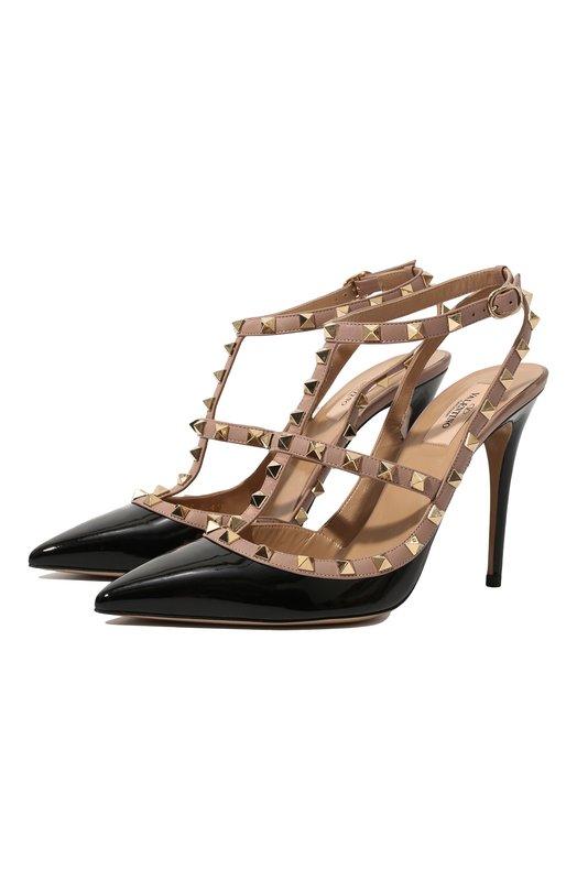 Лаковые туфли Rockstud на шпильке ValentinoТуфли<br>В осенне-зимней коллекции 2016 года дизайнеры обновили классические туфли с зауженным мысом, использовав сочетание черной лаковой и бежевой матовой кожи. Модель на высокой шпильке, с Т-образным ремешком украшена шипами-пирамидами, характерными для обуви марки, основанной Валентино Гаравани.<br><br>Российский размер RU: 39<br>Пол: Женский<br>Возраст: Взрослый<br>Размер производителя vendor: 39-5<br>Материал: Кожа натуральная: 100%; Стелька-кожа: 100%; Подошва-кожа: 100%;<br>Цвет: Черный