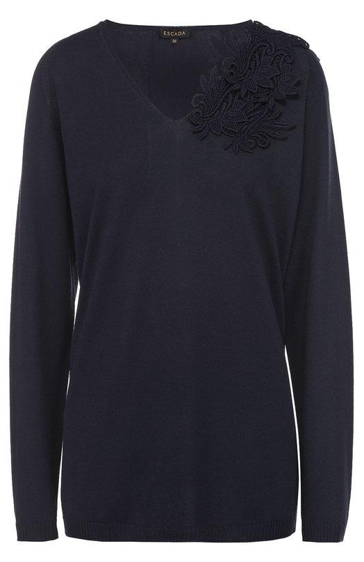 Удлиненный пуловер с V-образным вырезом и кружевной отделкой EscadaСвитеры<br><br><br>Российский размер RU: 48<br>Пол: Женский<br>Возраст: Взрослый<br>Размер производителя vendor: L<br>Материал: Вискоза: 53%; Хлопок: 47%;<br>Цвет: Темно-синий
