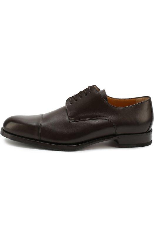 Классические кожаные дерби A. TestoniТуфли<br>Классические дерби с зауженным мысом сшиты из гладкой матовой кожи темно-коричневого цвета. Модель на небольшом квадратном каблуке вошла в осенне-зимнюю коллекцию 2016 года. Чтобы обувь не скользила на гладкой и влажной поверхности, подошва из прессованной кожи дополнена резиновой вставкой.<br><br>Российский размер RU: 43<br>Пол: Мужской<br>Возраст: Взрослый<br>Размер производителя vendor: 9-5<br>Материал: Кожа натуральная: 100%; Стелька-кожа: 100%; Подошва-кожа: 100%; Подошва-резина: 100%;<br>Цвет: Темно-коричневый