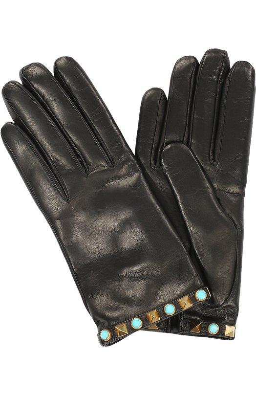 Кожаные перчатки Rockstud Rolling ValentinoПерчатки<br>Черные перчатки Rockstud Rolling из мягкой гладкой кожи вошли в осенне-зимнюю коллекцию бренда, основанного Валентино Гаравани. Аксессуар с вырезом на внутренней стороне запястья украшен по краю шипами-пирамидами, которые чередуются с бирюзовыми кабошонами.<br><br>Российский размер RU: 7<br>Пол: Женский<br>Возраст: Взрослый<br>Размер производителя vendor: 7<br>Материал: Кожа натуральная: 100%; Подкладка-текстиль: 100%;<br>Цвет: Черный