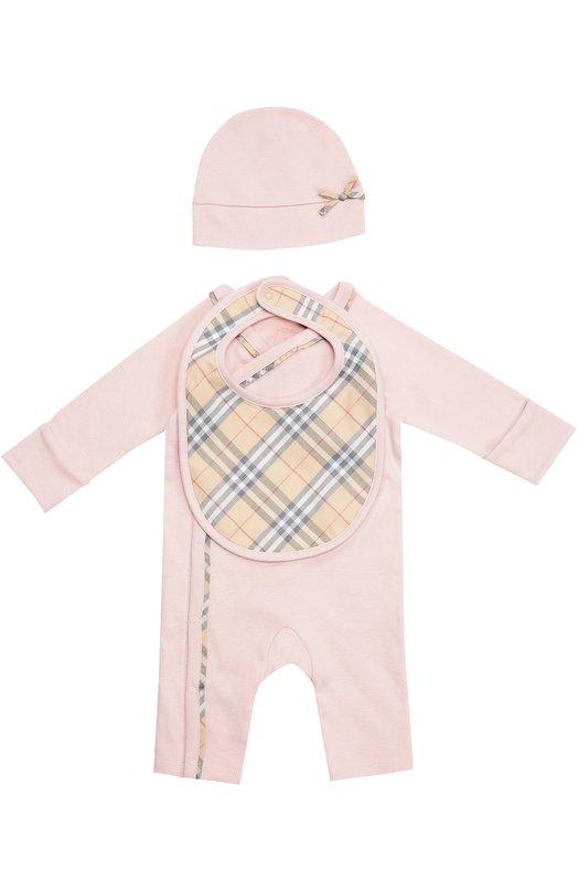 Пижама в комплекте с шапкой и нагрудником BurberryОдежда<br><br><br>Размер Months: 6<br>Пол: Женский<br>Возраст: Для малышей<br>Размер производителя vendor: 68-74cm<br>Материал: Хлопок: 100%;<br>Цвет: Розовый