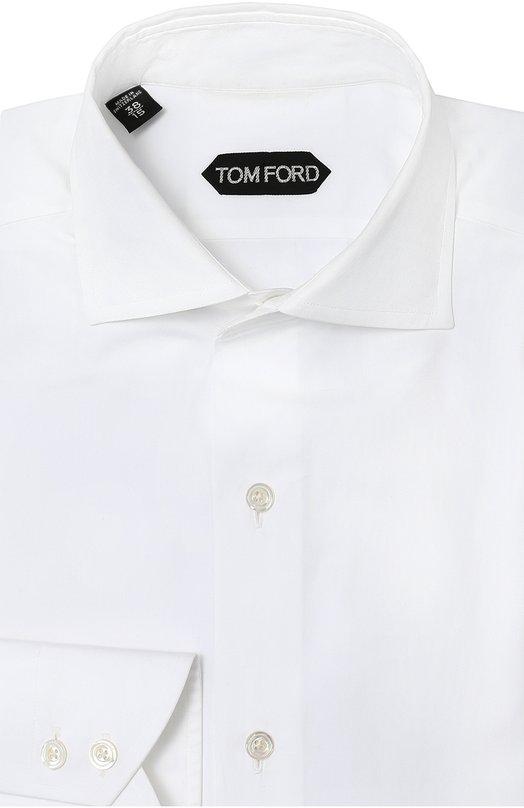 Хлопковая сорочка с воротником акула Tom FordРубашки<br>В коллекцию сезона осень-зима 2016 года Том Форд включил рубашку с длинными рукавами и воротником акула. Для изготовления модели использован мягкий хлопок белого цвета. Рекомендуем носить с черным пиджаком, бежевыми брюками, коричневыми дерби, а также с темно-синим галстуком.<br><br>Российский размер RU: 45<br>Пол: Мужской<br>Возраст: Взрослый<br>Размер производителя vendor: 45<br>Материал: Хлопок: 100%;<br>Цвет: Белый