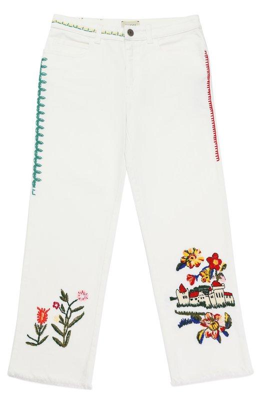 Джинсы свободного кроя с вышивками Gucci 457168/XR438