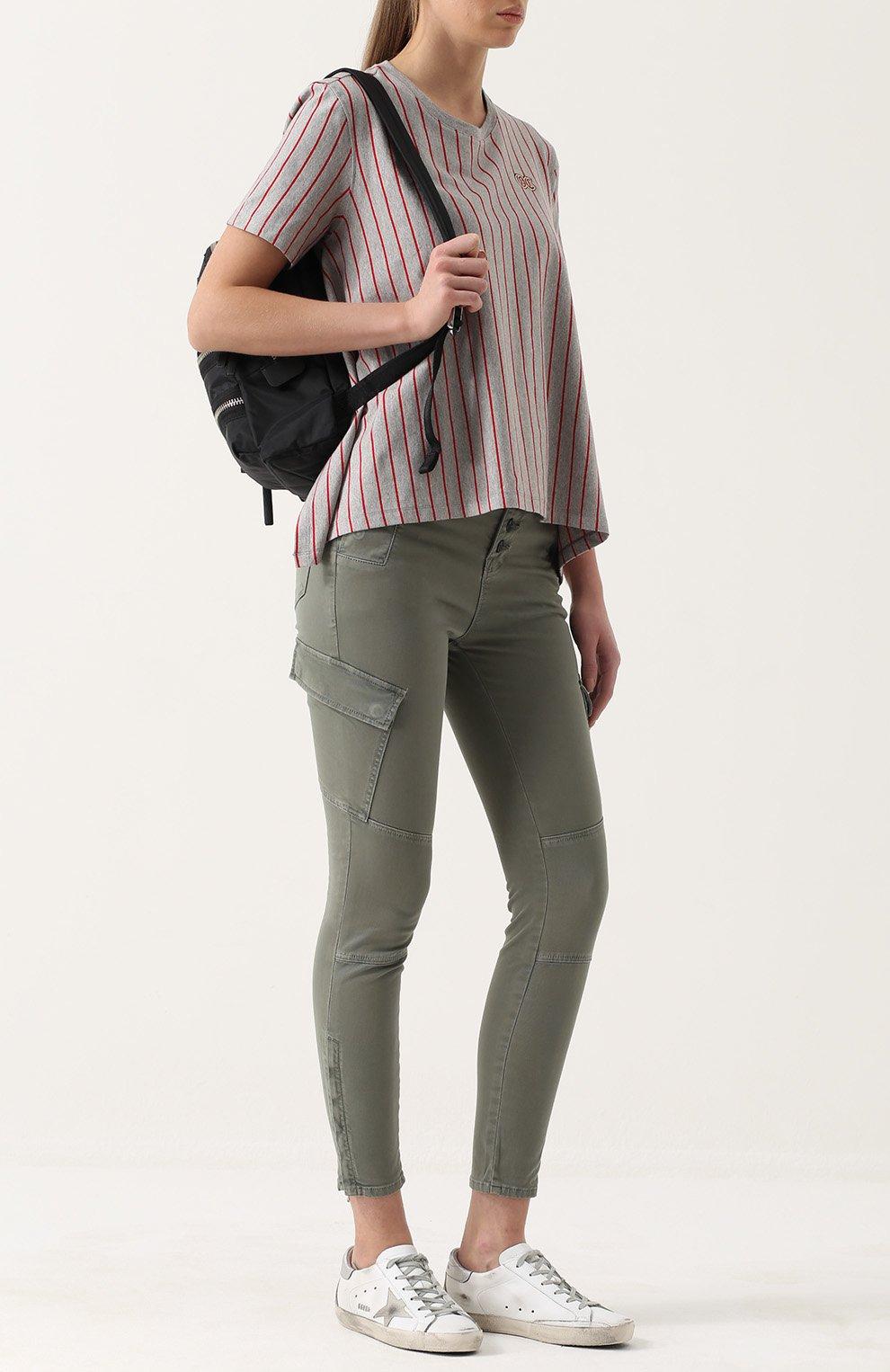 Джинсы с накладными карманами