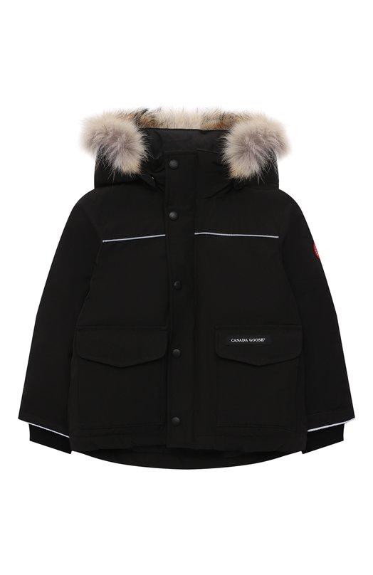 Купить Пуховая парка Logan с меховой отделкой на капюшоне Canada Goose, 4595K, Канада, Черный, Полиэстер: 85%; Хлопок: 15%; Подкладка-полиамид: 100%; Отделка капюшона-мех/койот/: 100%; Наполнитель-гусиный пух: 100%;